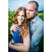 Elyse Weinberg and Jared Laures